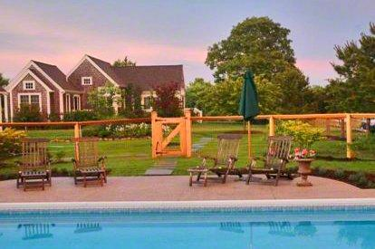PERFECT GUEST HOUSE ON THREE-ACRE COMPOUND - EDG KHAN-34GH - Image 1 - Edgartown - rentals