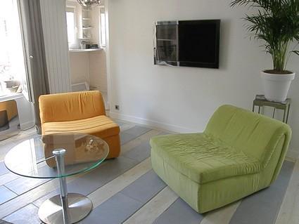 Amazing 1BR 1BA Condo Rue du Temple - apt #367 - Image 1 - Paris - rentals