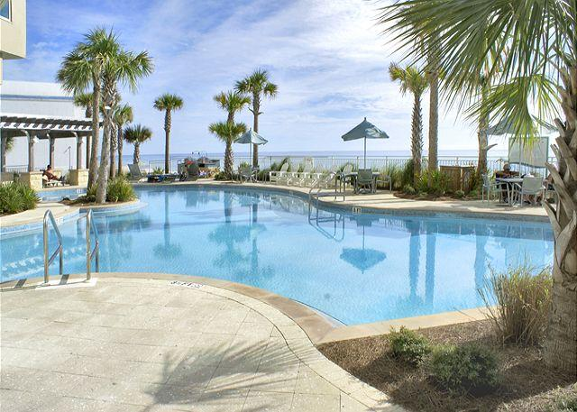 Lagoon Pool - Gorgeous Oceanside Housing for 8 with Special Discounts! - Panama City Beach - rentals