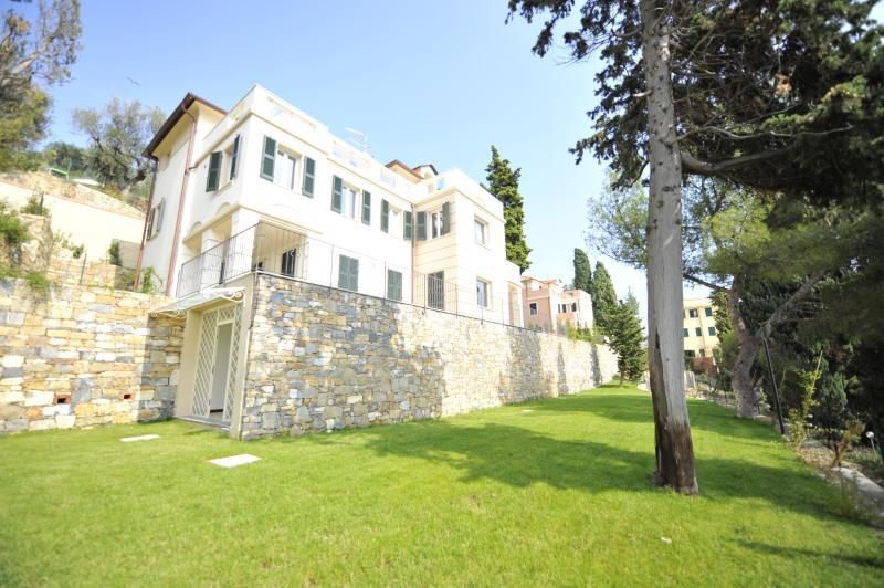 Villa Rental in Liguria, Imperia - Villa Imperia - 5 - Image 1 - Imperia - rentals