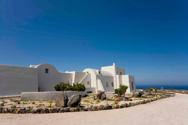 Villa Rental in Aegean Islands, Fira - Villa Metis - Image 1 - Fira - rentals