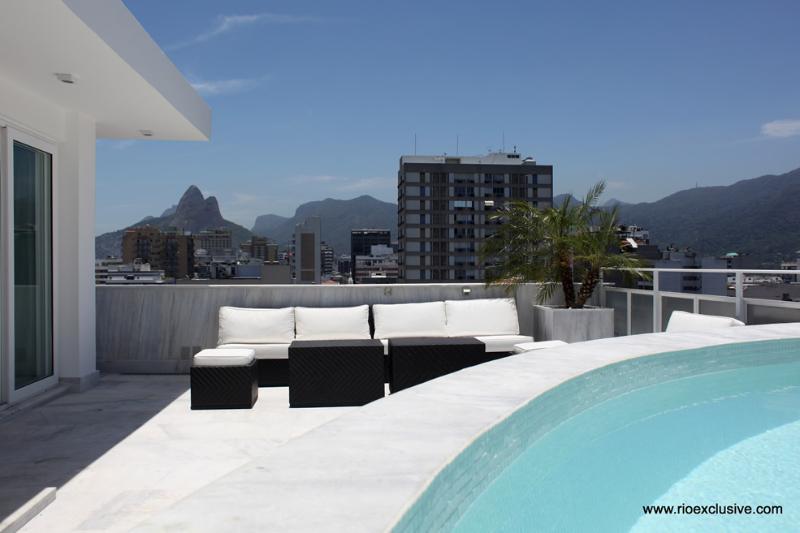 Rio037 - Penthouse in Ipanema - Image 1 - Ipanema - rentals
