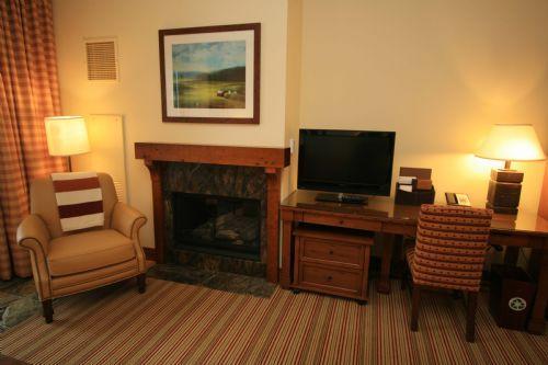 Studio 215 at Stowe Mountain Lodge - Image 1 - Stowe - rentals