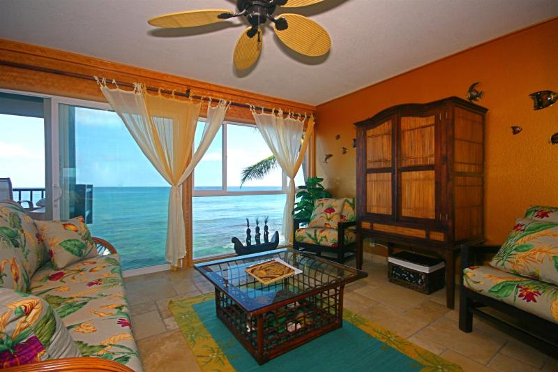 Oceanfront living room- the water is that close! - Absolute Oceanfront  Kona Condo- Banyan Tree 302 - Kailua-Kona - rentals