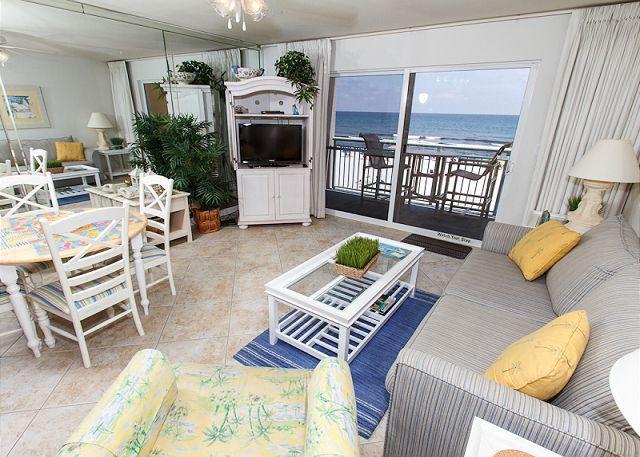 Living Room - PI 314: Beautiful beachfront condo- balcony, pool, WiFi,Free Beach Service - Fort Walton Beach - rentals