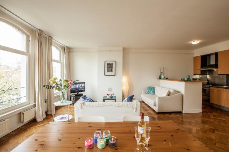 Rijksmuseum Apartment in Amsterdam - Image 1 - Amsterdam - rentals