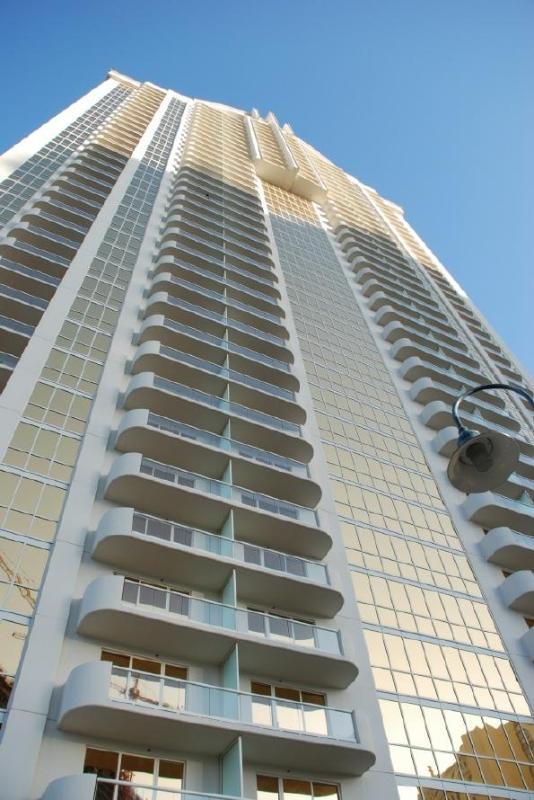 MGM Signature 2BR/3BA Condo Hotel Marketplace - Image 1 - Las Vegas - rentals