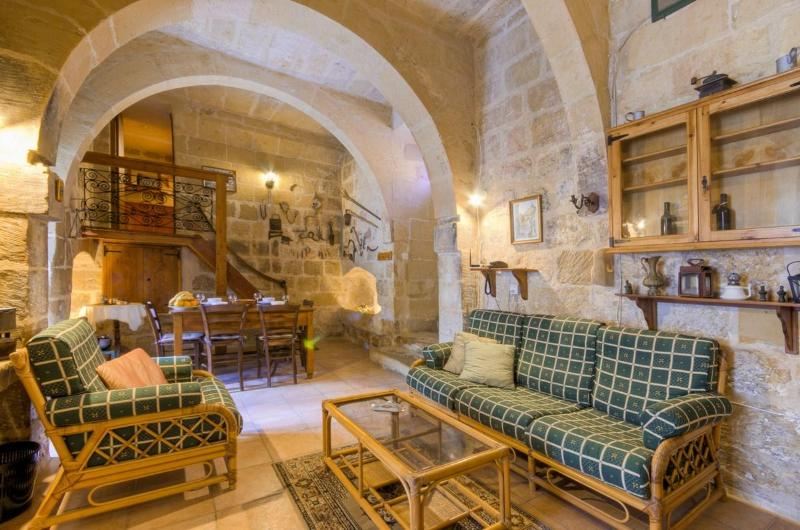 sitting / living / dining room - Ta' Nikola Farmhouse - Island of Gozo - rentals