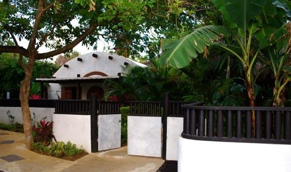 Lagoon Cottages - Image 1 - Negril - rentals