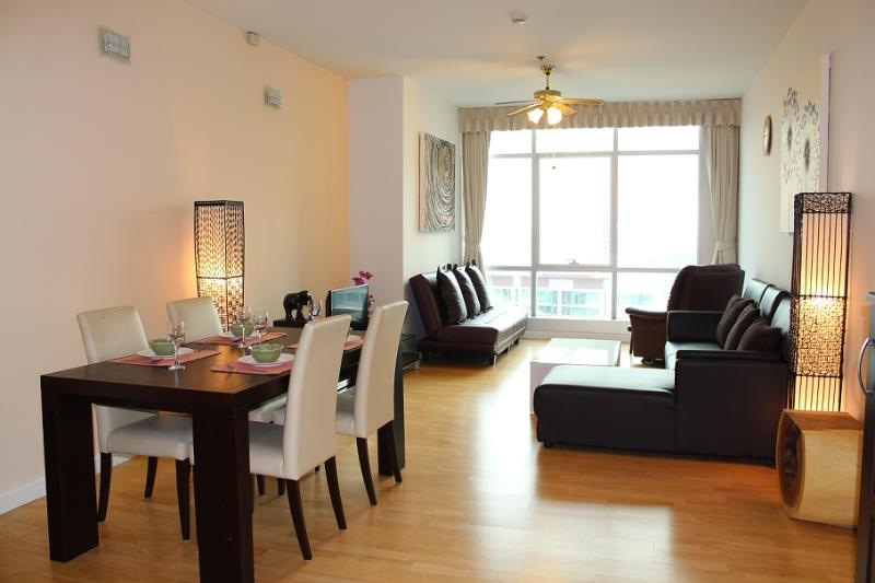 TheRiverSideBangkok - Large 1BR central river view - Image 1 - Bangkok - rentals