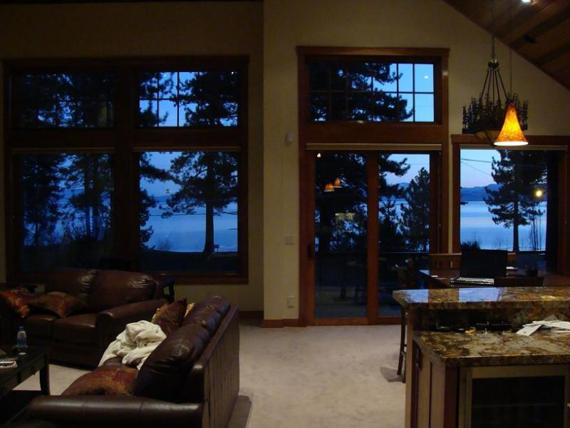 Wall To Wall Lake Tahoe VIEW - Luxury Lake VIEW Steps 2 Tahoe Beachfront Lakefront Wifi - South Lake Tahoe - rentals