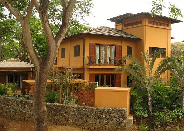 Exterior - Gorgeous 3BR home, an easy walk to two beaches - Tamarindo - rentals