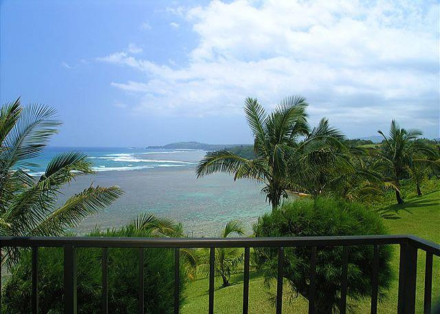 Sealodge E7: Oceanfront views all the way to the lighthouse in 1br/1ba - Image 1 - Princeville - rentals