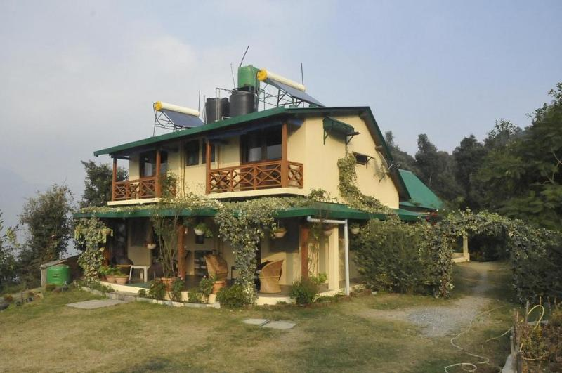 Front Facade of the 4 room unit - Emerald Trail, Bhimtal - Nainital - rentals