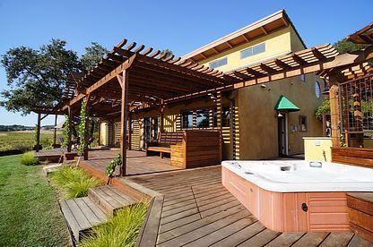 Luxury Tuscan Vineyard Villa on 5 Gated Acres - Image 1 - Healdsburg - rentals