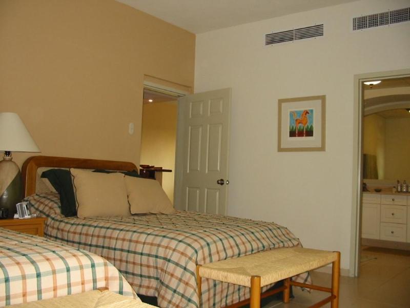 BR#2  2 Queen beds and bath - 3BR Tower 4   Playa Royal Nuevo Vallarta, Mexico - Nuevo Vallarta - rentals