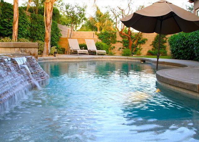 'Villa Italia' Pool, Spa, Firepit, Pool Table - Image 1 - La Quinta - rentals