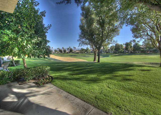 Golf Course View - Beautiful 3 bedroom on the golf course at PGA West at 2 bedroom prices - La Quinta - rentals