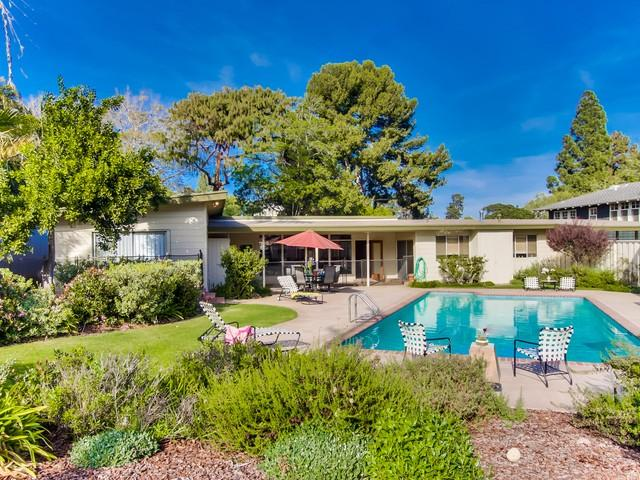 Back Yard - Private home with swimming pool in Point Loma. - La Jolla - rentals