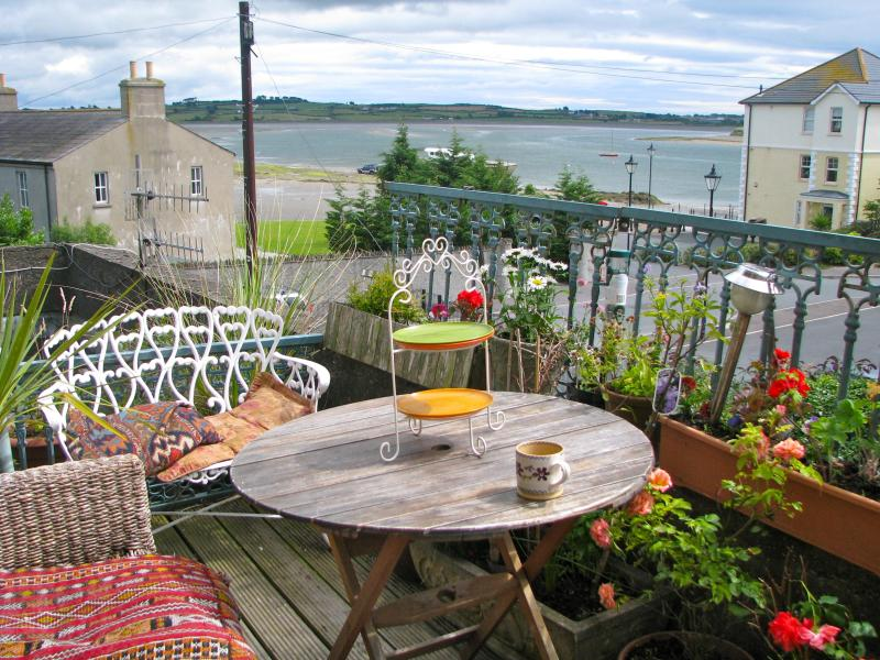 TERRACE OVER BAY - Downshire Manor Apartment - Dundrum - rentals