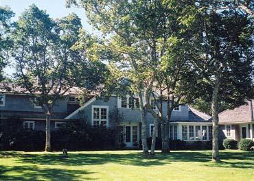 1558 - WONDERFUL WATERFRONT HOME, IDEAL FOR THE ACTIVE FAMILY - Image 1 - Edgartown - rentals