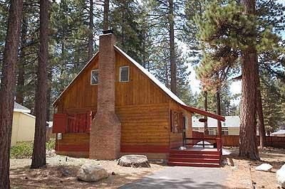 Exterior - 2145 Peter Avenue - South Lake Tahoe - rentals