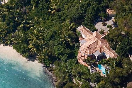 2B at Peter Bay - Waterfront villa with wraparound balcony, pool & ocean views - Image 1 - Peter Bay - rentals