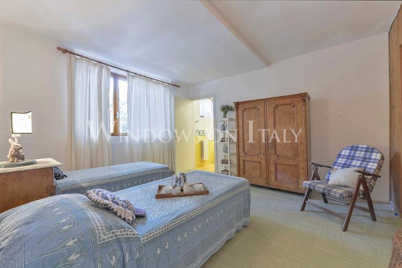 6 Bedroom Luxury Villa with Beautiful Garden - Image 1 - Castiglione Della Pescaia - rentals