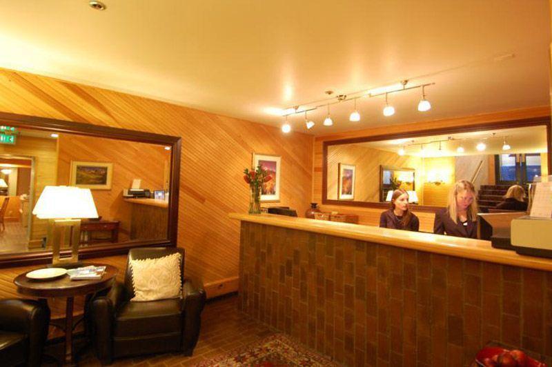 front_desk_area.jpg - Independence Square Unit 202 - Aspen - rentals