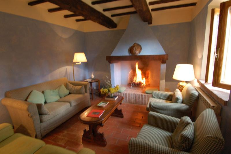 Hillside Villa Rental at Casa delle Guardie - Image 1 - Albinia - rentals