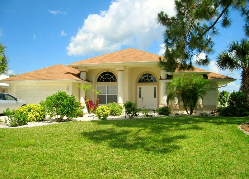 Exceptional villa in peaceful surroundings - HERONS WAY  Beautiful villa in outstanding setting - Rotonda West - rentals