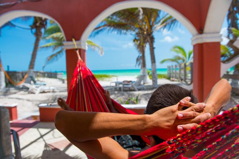 Viva Mexico...Beachlife in the best location! - Beachfront Hacienda del Cuyo Groundfloor - El Cuyo - rentals