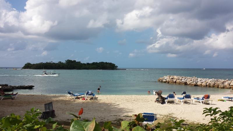 Family beach - Beautiful Condo in Paradise Negril's 7 Mile Beach - Negril - rentals