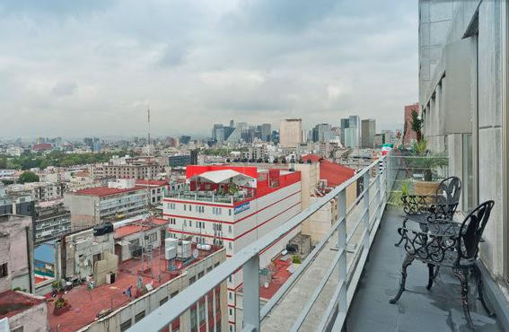 View from the private balcony. - Historic Center/Reforma Balcony AC Airport Service - Mexico City - rentals