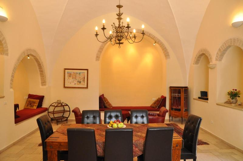 salon, dining room - Stunning Vacation Rental  in centre  of Jerusalem - Jerusalem - rentals