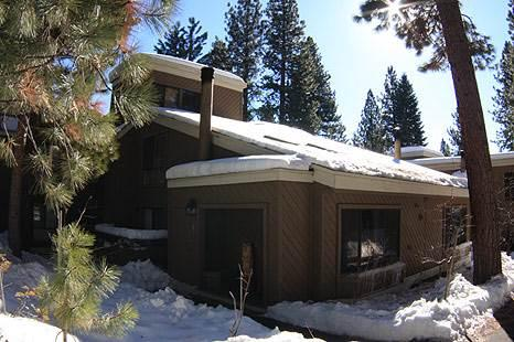 Lovely Condo in Beautiful North Lake Tahoe (75FP1) - Image 1 - Incline Village - rentals