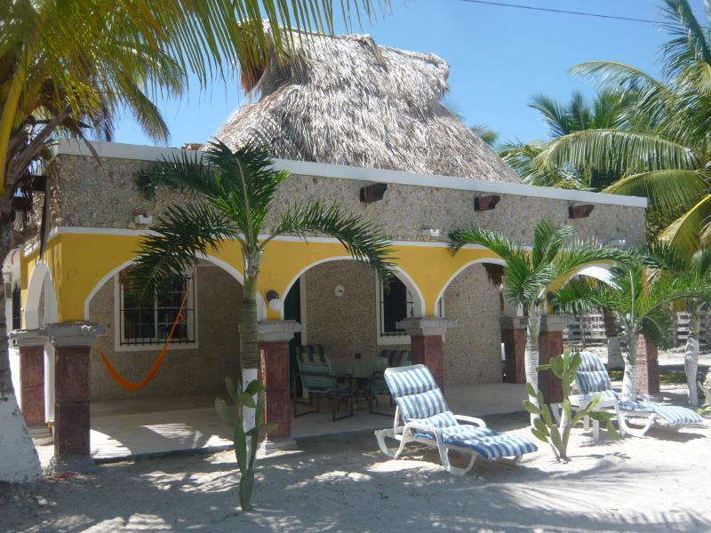 On a nice and sunny day in Paradise - Colonial Beach Hacienda Antigua Villa - El Cuyo - rentals
