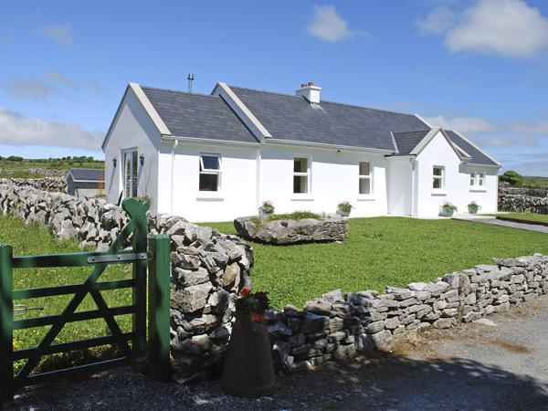 DOLMEN COTTAGE, pet friendly, country holiday cottage, with a garden in Kilfenora, County Clare, Ref 3904 - Image 1 - Kilfenora - rentals