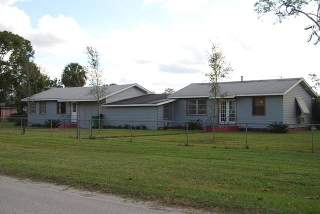 Units 1 & 2 - Fisherman's Fantasy I and II - DeLand - rentals