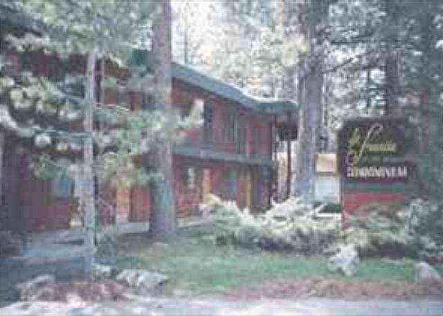 Pet friendly condo just down the road from Camp Richardson, #415 - Image 1 - South Lake Tahoe - rentals