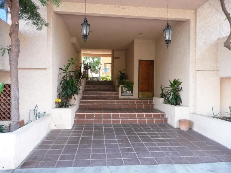 "Bahia Vista Entry Way - Catalina's  ""Got Cart"" Condo - Catalina Island - rentals"