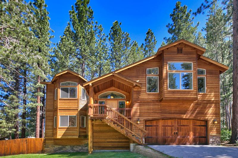 Front of home. Cedar and rock siding, two-car extra-deep garage, two more car parking in driveway. - New Luxury Home  - 3 Hot Tubs, 4 HDTVs, Wifi, BBQ - South Lake Tahoe - rentals