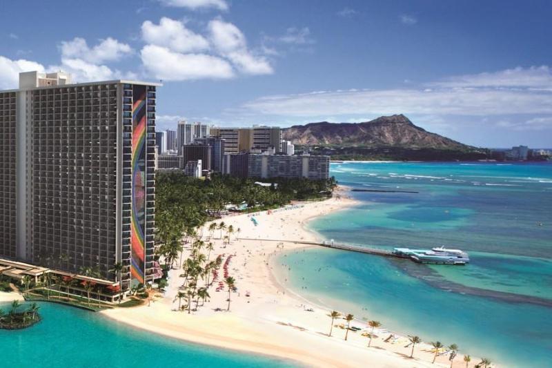 """View of Waikiki at Hilton Hawaiian Village next door - Ocean Front """"Purple Paradise"""" Studio Ilikai Marina - Honolulu - rentals"""