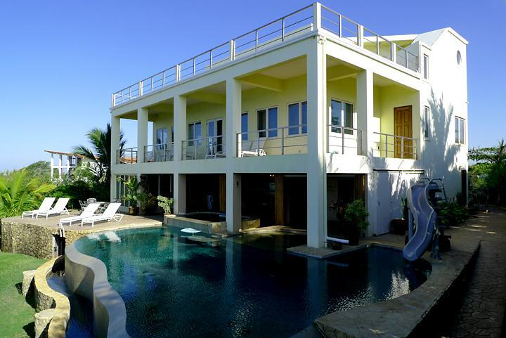Pool and House - CasaOlaPerfecta-Surfer's Paradise-Beachfront Home! - Playa Negra - rentals