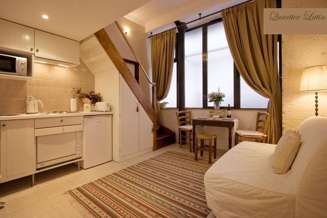 Super Central Apartment in the Historic Latin Quarter of Paris - Image 1 - Paris - rentals