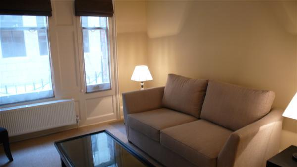 WEST END NEWLY REFURBISHED 2 BEDROOM 1 BATH (6) (3080) - Image 1 - London - rentals