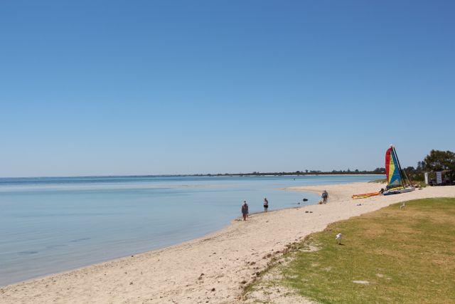 Beautiful pristine beach with surf cat hire - a stone's throw from Edge - Edge - FANTASTIC location - Dunsborough - rentals