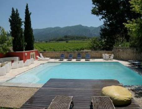 Holiday rental French farmhouses / Country houses Luberon (Vaucluse), 600 m², 6 400 € - Image 1 - Saint-Priest - rentals