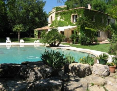 Holiday rental Villas Les Milles - Aix en Provence (Bouches-du-Rhône), 300 m², 4 800 € - Image 1 - Les Brévières - rentals