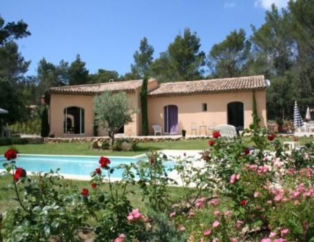 Aix-en-Provence Holiday Rental, 3 Bedroom Villa with a Pool - Image 1 - Aix-en-Provence - rentals